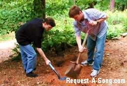 Benj & Jeremy Dig It